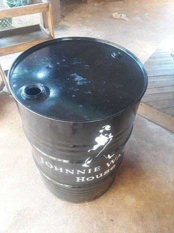 Tambor 200 litros com rodinhas