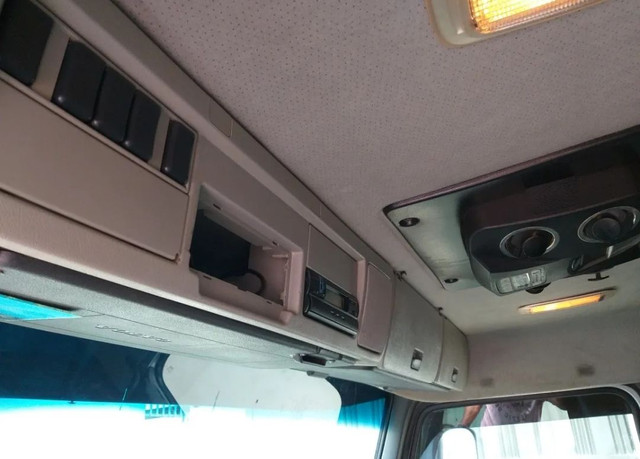 Caminhão Volvo Fh 440 - Foto 7