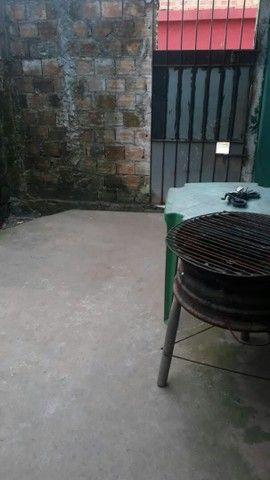 Vende-se uma casa no 40 horas perto do posto de saúde do ariri  - Foto 3