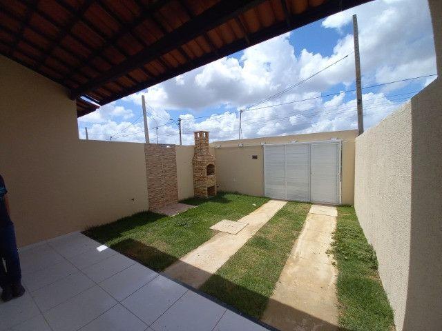 DP casa nova com 2 quartos 2 banheiros com sala 2 ambientes e garagem - Foto 12