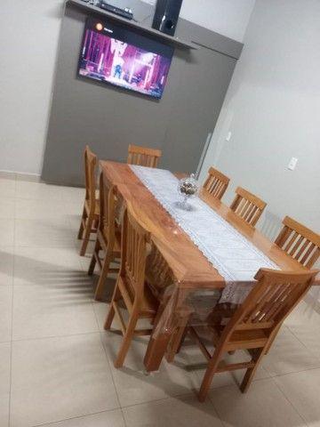 Jogo de mesa com 8 cadeiras.  - Foto 5