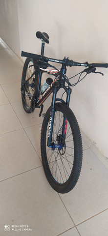 Bike aro 29 top de linha quadro Tam 18