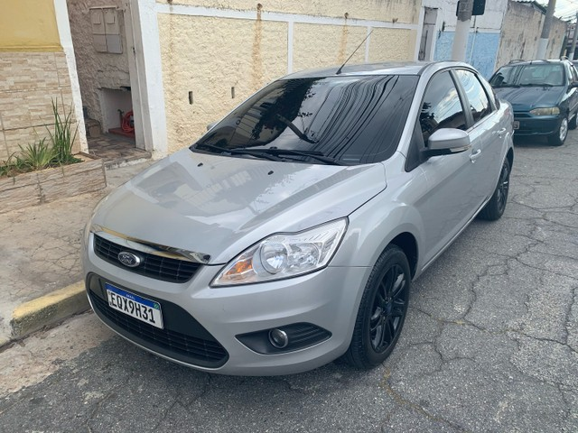 Ford Focus 2.0 16v GLX MANUAL 12/13