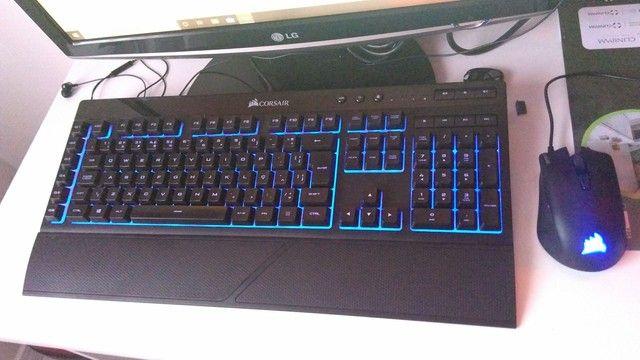 Kit teclado e mouse Corsair