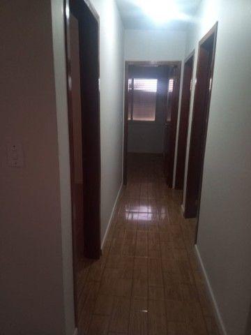 Alugo Apartamento 3 dormitórios, na frente do Conjunto Comercial - Foto 12