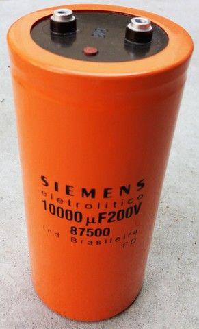 Capacitor Eletrolítico 10.000uf X 200v - Foto 2