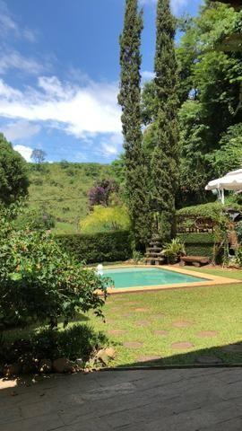 Propriedade em Nogueira, 90km do Leblon. segurança24hs. 5qts(suite) piscina,jogos,sauna.