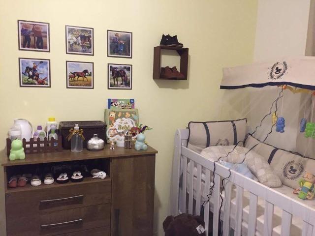 Apartamento mobiliado e decorado com excelente localização - Foto 10