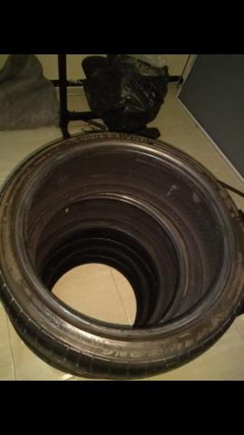 4 pneus 205/40/r17 mais de meia vida - Foto 2
