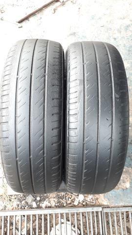 Par de pneu 175/70/13 usado meia vida