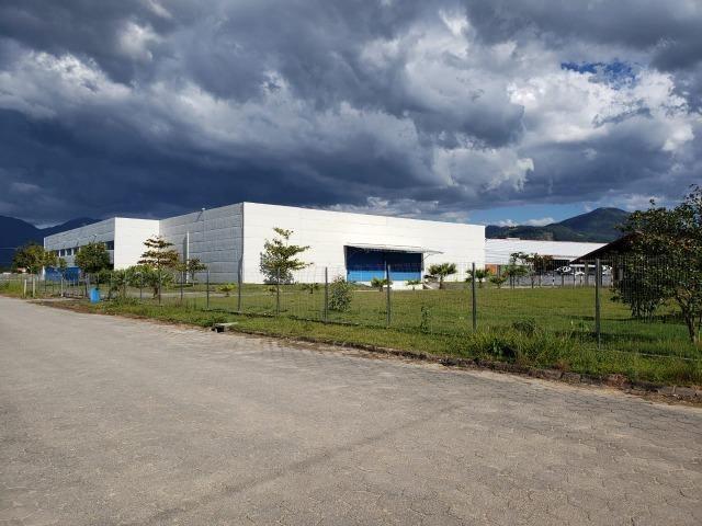 Galpão/Depósito/Armazém para aluguel e venda com 4000 metros quadrados