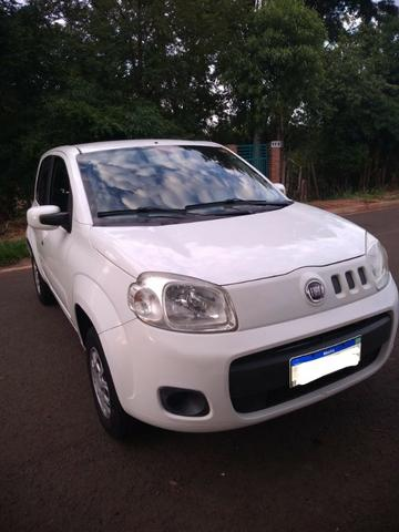 Fiat UNO Vivace 4P - 2012