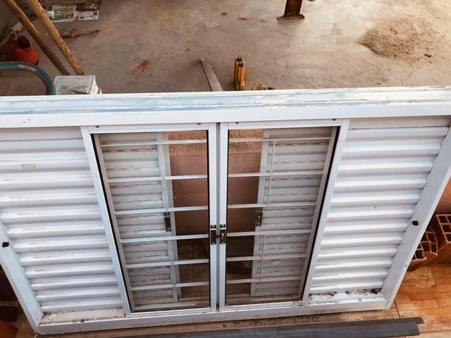 Vendo portas e janelas - Foto 3