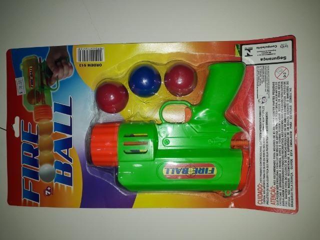 Pistola de bolhinha brinquedo masculino
