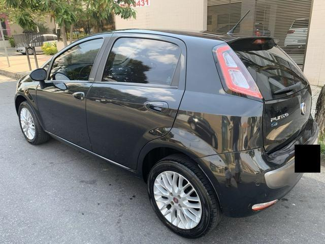 Fiat Punto 2013 1.6 Essence 16v Flex - WhatsApp - Foto 2