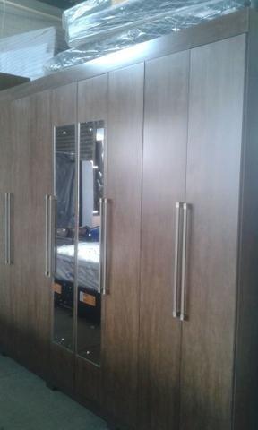 Guarda roupas casal 08 portas 2.43 de larg de 1399 por 999 a vista - Foto 2