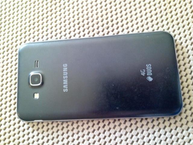 Celular Galaxy J7 - Foto 2