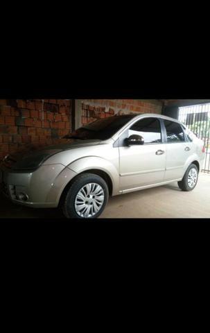 Vendo carro Ford Fiesta sedan ano 2008