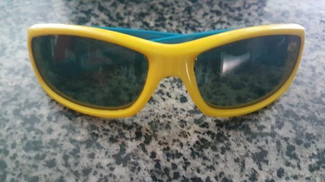 f90856ee30ec9 Óculos de Sol Infantil - Armação de Silicone - Artigos infantis ...