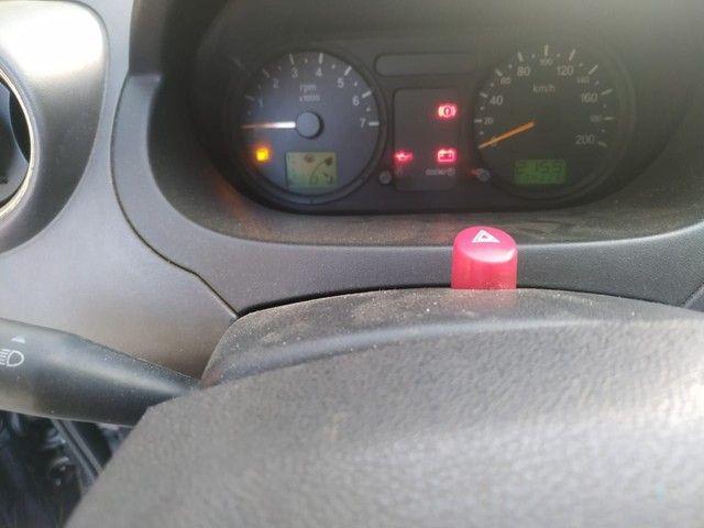 Fiesta Hatch 2005 com GNV doc ok  - Foto 4