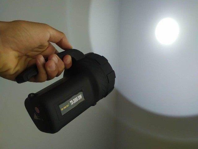 Super Lanterna Holofote Potente Recarregável - Foto 2