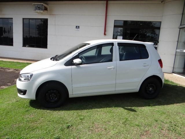 Volkswagen FOX 1.0 MI BLUEMOTION 8V FLEX 4P MANUAL - Foto 5