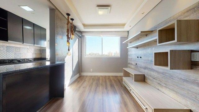 Apartamento Mobiliado com 59 m² de 2 dormitórios no Jardim Carvalho - Foto 2