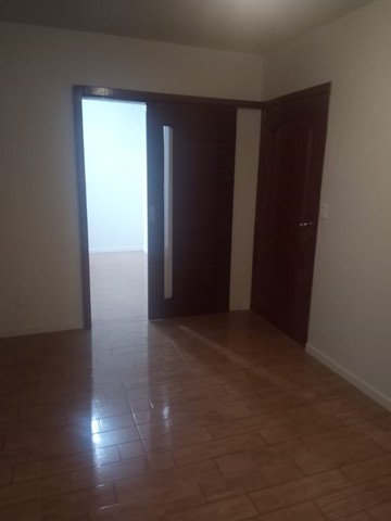 Alugo Apartamento 3 dormitórios, na frente do Conjunto Comercial - Foto 7