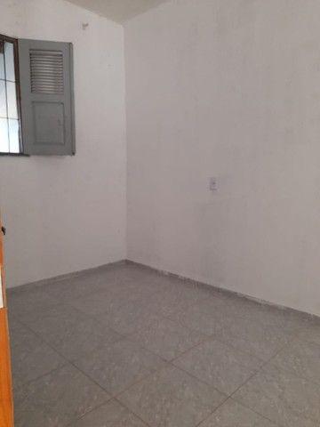 Alugo casa com 02 quartos e 01 suíte, situada na Avenida do Novo Fórum (Parnaíba-PI) - Foto 6