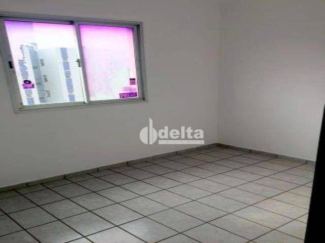 Apartamento com 3 dormitórios à venda, 69 m² por R$ 169.000,00 - Lagoinha - Uberlândia/MG - Foto 7