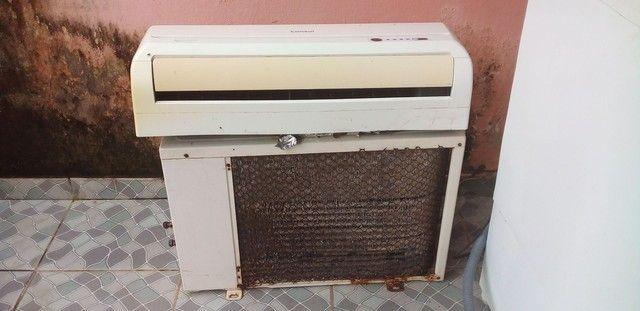 Vendo ar condicionado 9.000btu zap *)