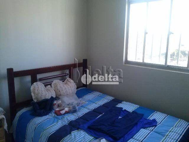 Apartamento com 2 dormitórios à venda, 73 m² por R$ 190.000,00 - Aparecida - Uberlândia/MG - Foto 2