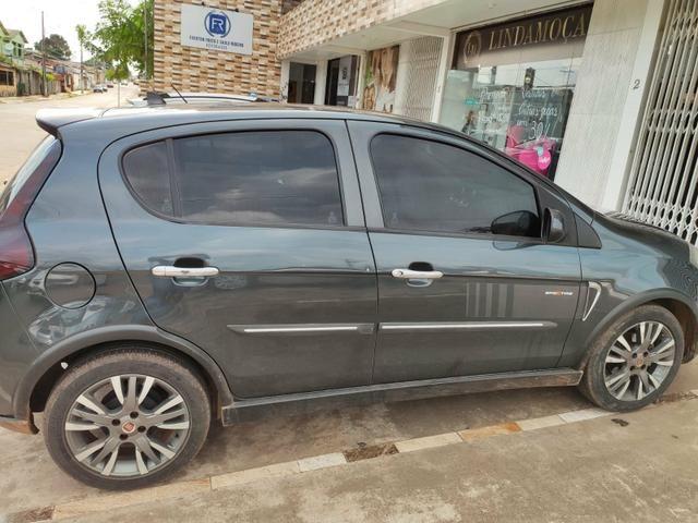 Carro Fiat PALIO SPORTING 1.6 2013 completo