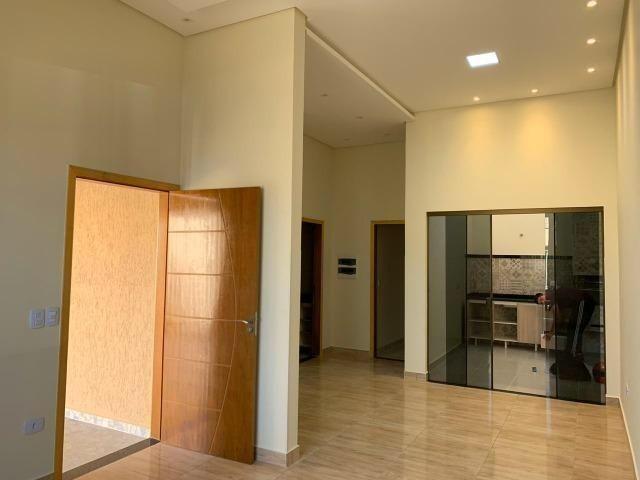 Casa nova em Itapuã (Oportunidade de parcelamento)