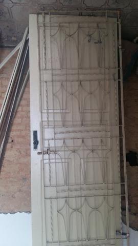 Portas de madeira usadas 80cm - Foto 2