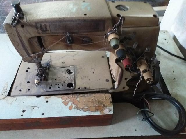 Vendo máquinas industriais de costuras - Foto 3