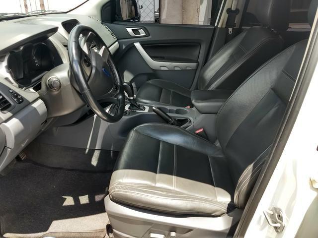 Vendo Ford Ranger Limited 3.2 5 cilindros 200 CV - Foto 5