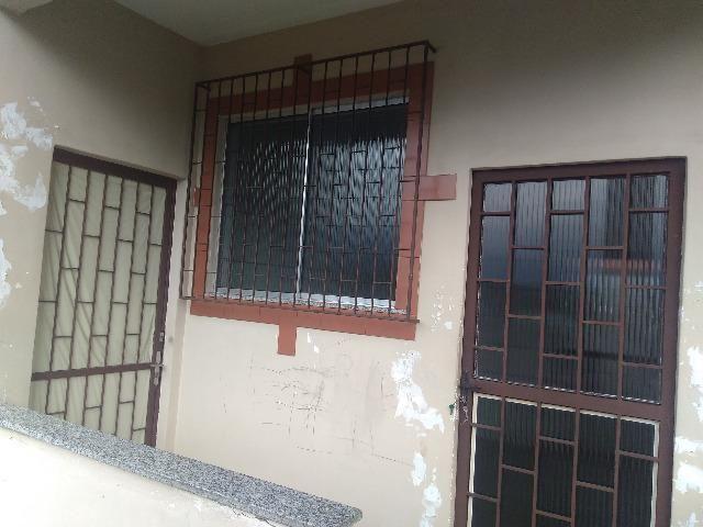 Alugo casa (2 quartos) em Cabuís, Nilópolis. Rua Antônio Pereira - Foto 2