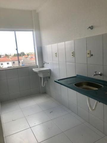 Excelente Apartamento para alugar. Villa Imperial 2/4 com suite bairro tomba - Foto 7