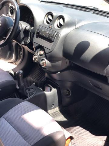 Nissan March 1.6 flex 12/13 - Foto 4