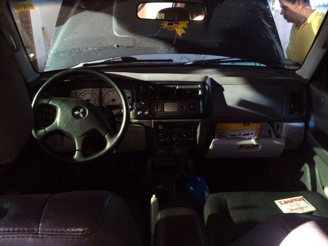 Pajero Sport HPE 10/11 automática - Foto 4