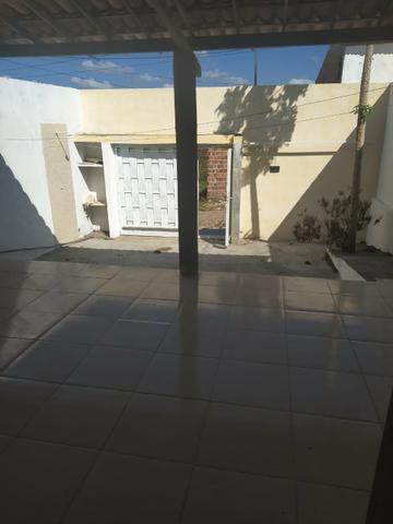 Aluga-se casa na Guaiuba - Foto 2