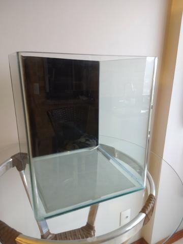 Aquário Rehau Cubo 31litros - Completo (Filtro + Iluminação)