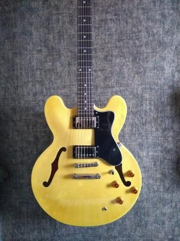 Guitarra Epfhone semiacustica
