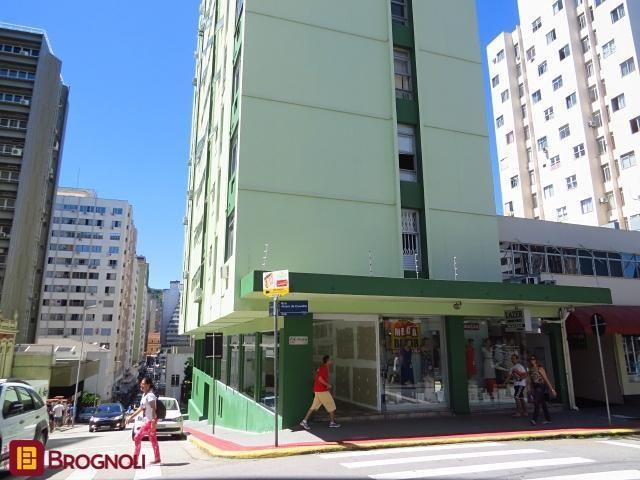 Apartamento para alugar com 2 dormitórios em Centro, Florianópolis cod:10559
