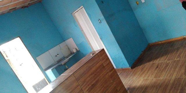 Casa vendo com urgência boa localização praça principal do CDP - Foto 6