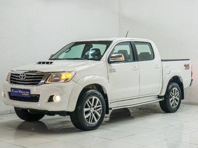 Toyota Hilux 3.0 SRV Turbo Diesel 4x4 Aut 2014 apenas 80.000 KM rodados