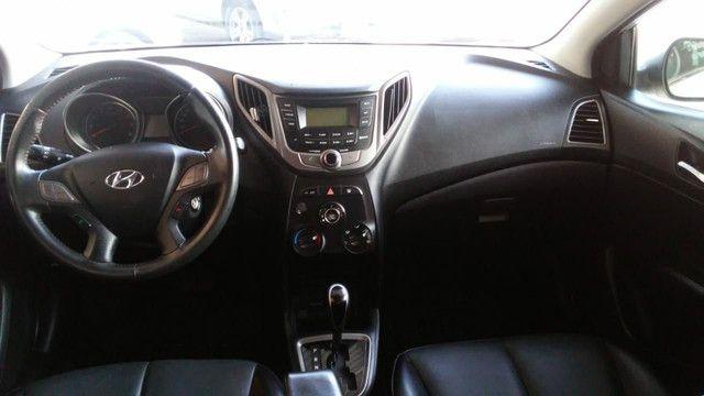 Hyundai Hb20 S  2014/2015 Com gás natural Ar, Dh, Vid, Trava, Som, Alarme, Revisado - Foto 8