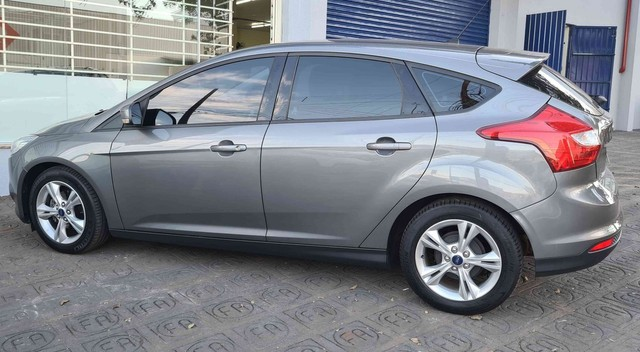FORD FOCUS 14/15 S AT 1.6 HATCH  - Foto 2