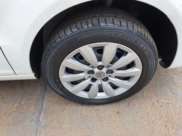 Volkswagen Fox 1.6 Imotion 2014 - Foto 8